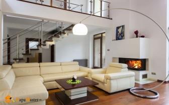 интерьер гостиной с камином вариант для любого загородного дома