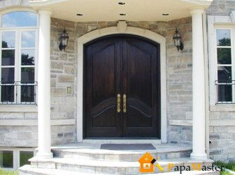Оригинальное оформление входной двери