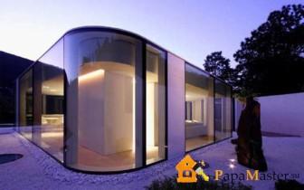 стеклянный дом Якопо Маскерони на озере Лугано, Италия