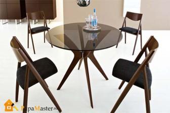 цветной круглый стеклянный стол для кухни