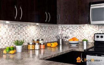 оформление кухни панелями мдф