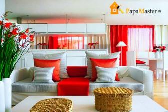 сочетание красного цвета в интерьере гостиной