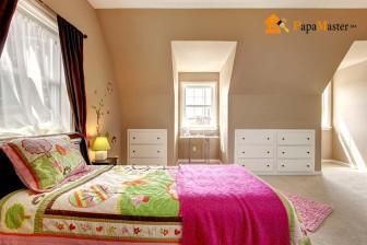 дизайн спальни для девушки мансардного этажа