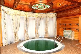 вид бассейна в бане