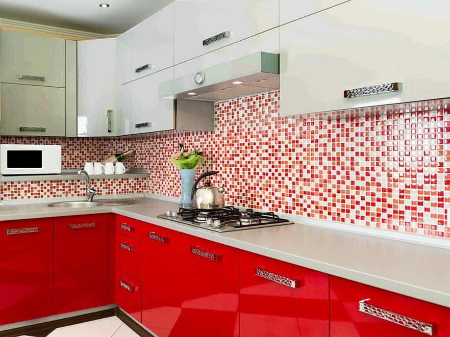 кухня бело - красная.