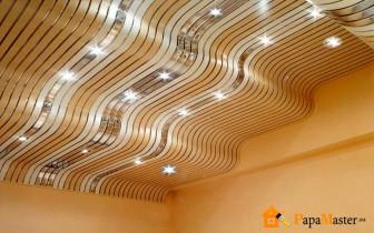 реечный потолок волнообразный