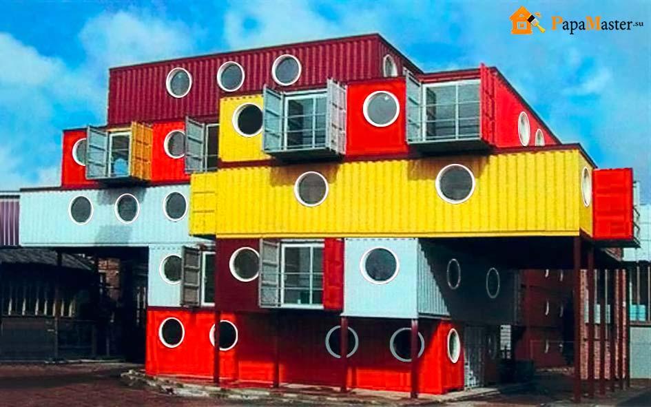 Многоэтажный дом из морских контейнеров