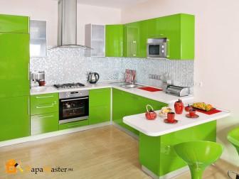 Зеленый в интерьере кухни