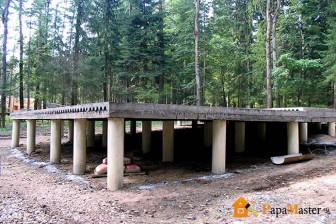 строительства фундамента на сваях под гараж